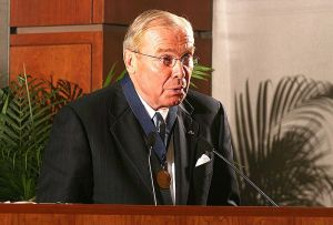John Huntsman Sr in 2004 (Source: Chemical Heritage Foundation)