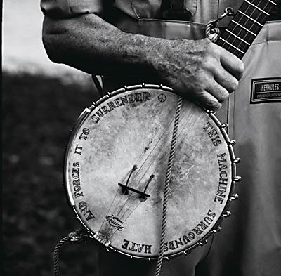 seeger-banjo